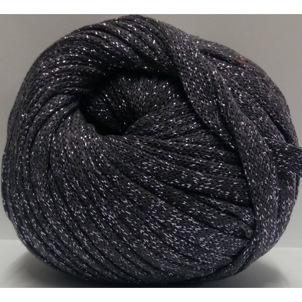 t-shirt yarn 150 grs. of Marengo color con lurex of Lilac color